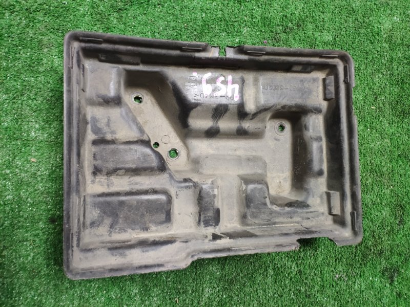 Крепление аккумулятора Toyota Celsior UCF21