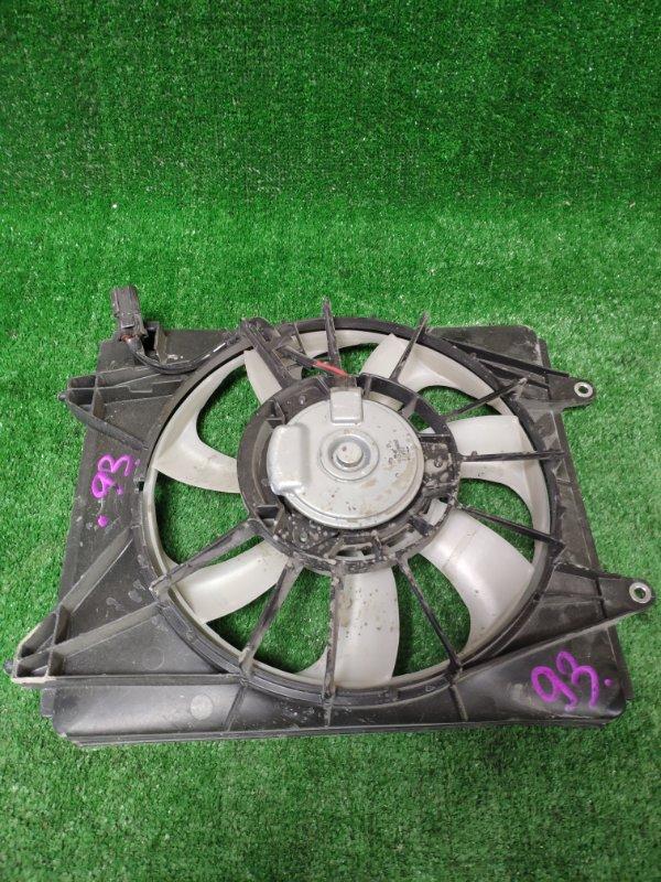 Диффузор радиатора Honda Fit GP5 LEB 2015 правый
