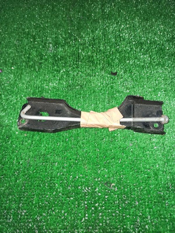Крепление аккумулятора Honda Elysion RR1