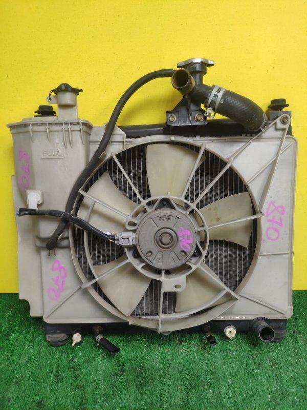 Радиатор основной Toyota Ist NCP61 1NZ-FE