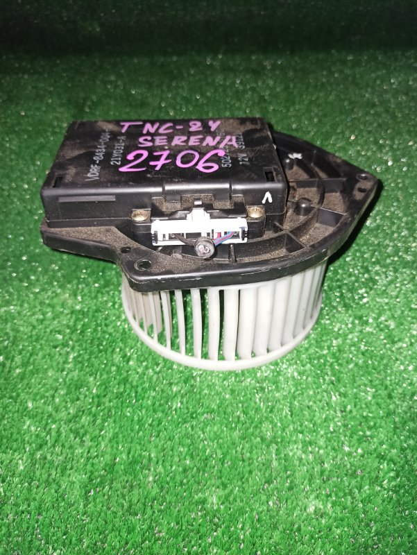 Мотор печки Nissan Serena C24