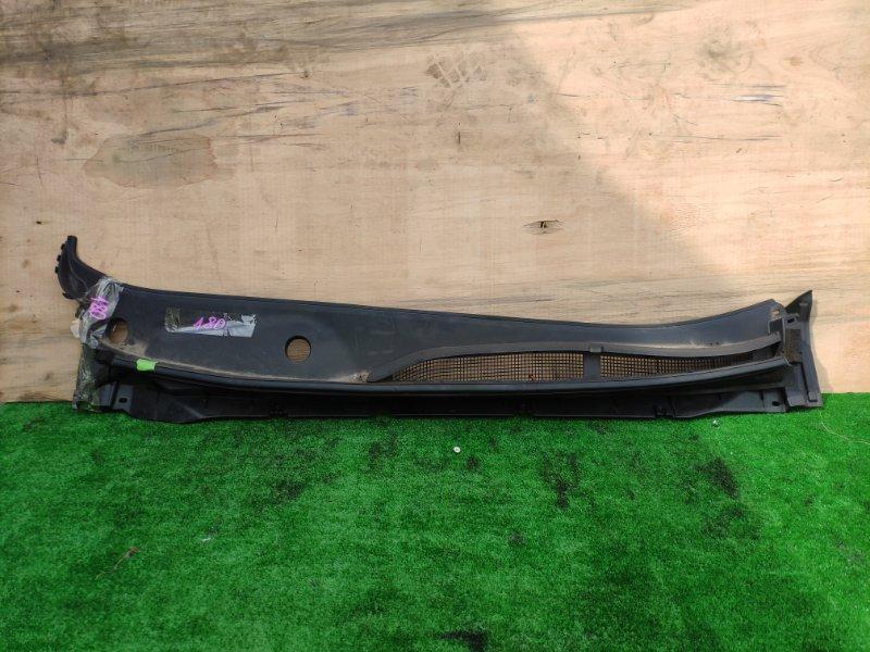 Решетка под лобовое стекло Nissan Serena HFC27 HR12DE 2020