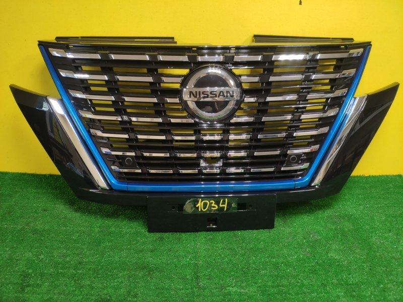 Решетка радиатора Nissan Serena HFC27 HR12DE 2020