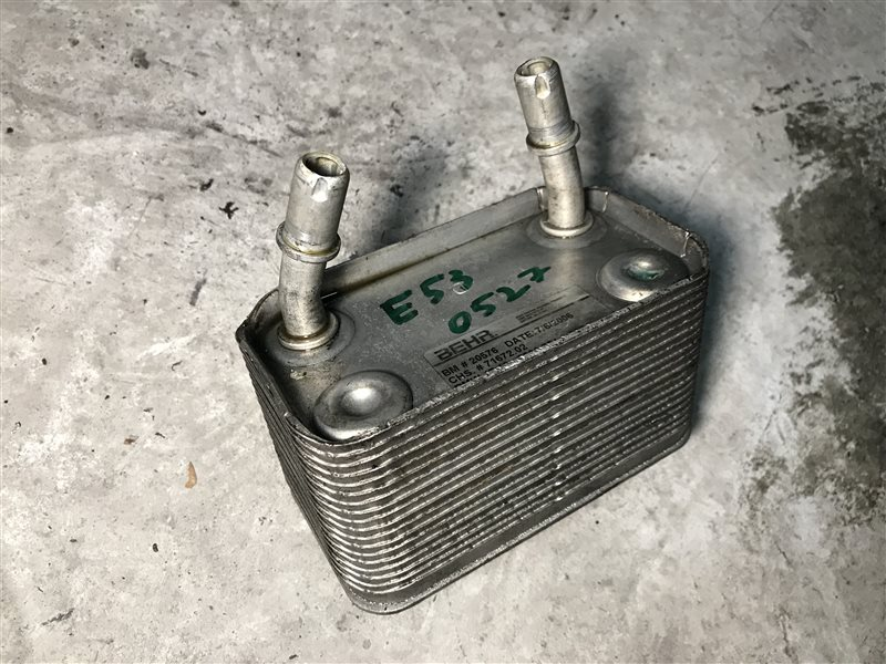 Радиатор масляный Bmw X5 E53 M54B30 2006