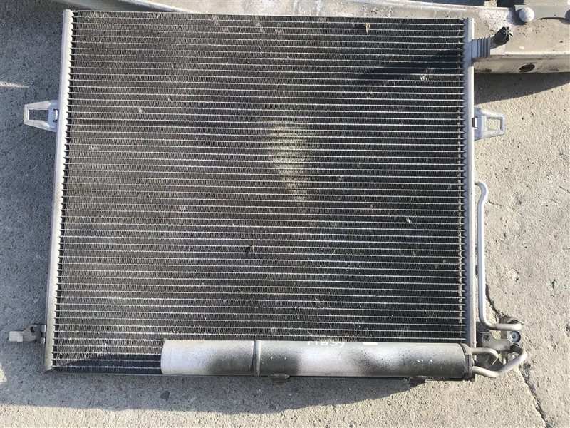 Радиатор кондиционера Mercedes-Benz M-Class W164 W164 272.967 2006