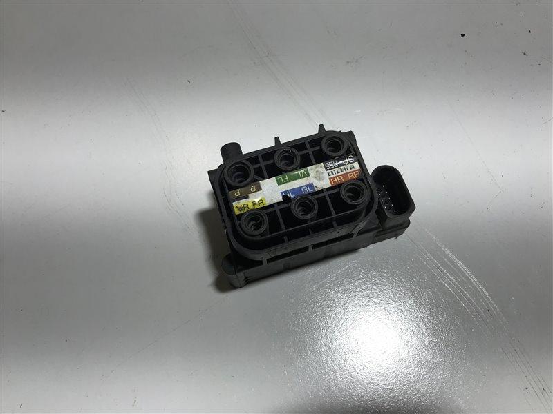 Блок управления пневмоподвеской Mercedes-Benz S-Class W221 W221 273.961 2007