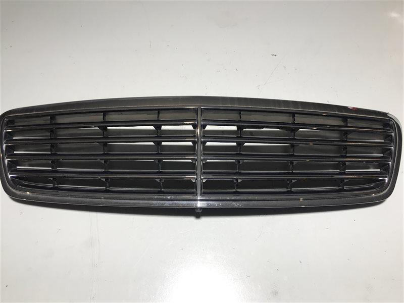 Решетка радиатора Mercedes-Benz C-Class W203 C32 Amg W203 112.961 2001