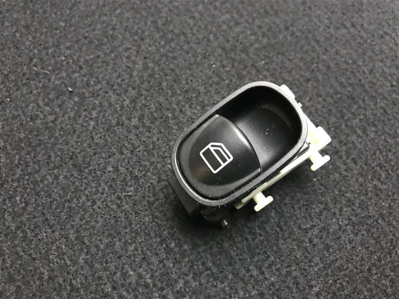 Кнопка стеклоподъемника Mercedes-Benz C-Class W203 C32 Amg W203 112.961 2001
