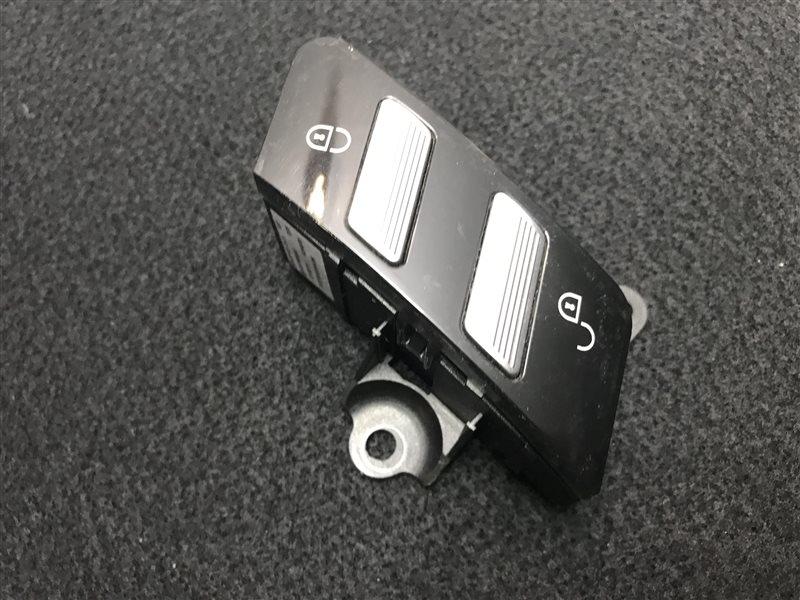 Кнопка центрального замка Mercedes-Benz S-Class W221 W221 273.961 2007 передняя правая