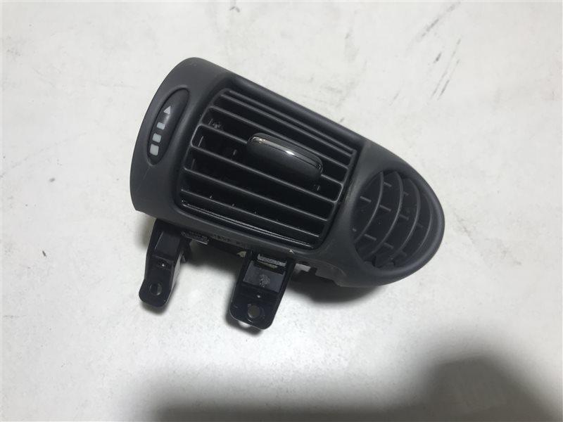 Дефлектор воздушный Mercedes-Benz C-Class W203 C32 Amg W203 112.961 2001 правый
