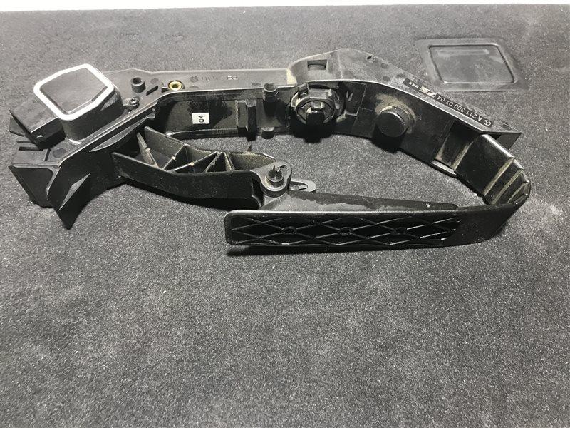 Педаль газа Mercedes-Benz E-Class W211 W211 272.964 2006