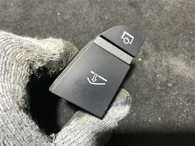 Блок кнопок Audi A6 C6 BDW 2005