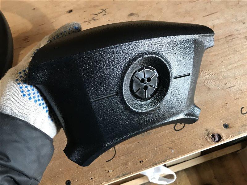 Подушка безопасности в руль Bmw X3 E83 M54B25 2005