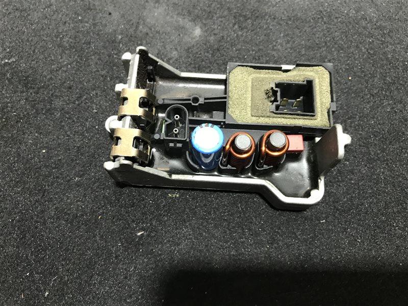 Регулятор вентилятора печки Mercedes-Benz E-Class W211 W211 112.949 2004
