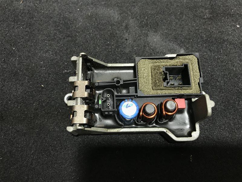 Регулятор вентилятора печки Mercedes-Benz Cls-Class W219 W219 C219 113.967 2005