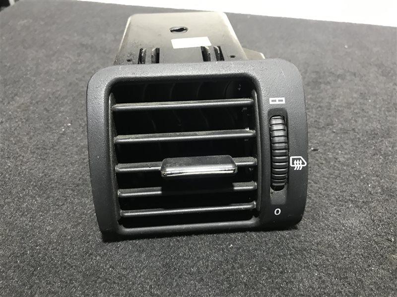 Дефлектор торпедо Mercedes-Benz M-Class W163 W163 612.963 2002 правый