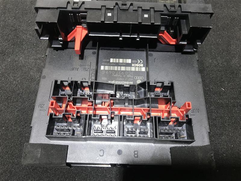 Блок управления бортовой сетью Volkswagen Golf 5 BVY 2006