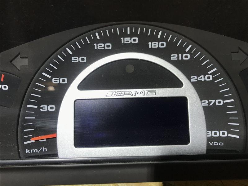 Панель приборов Mercedes-Benz C-Class W203 C32 Amg W203 112.961 2001