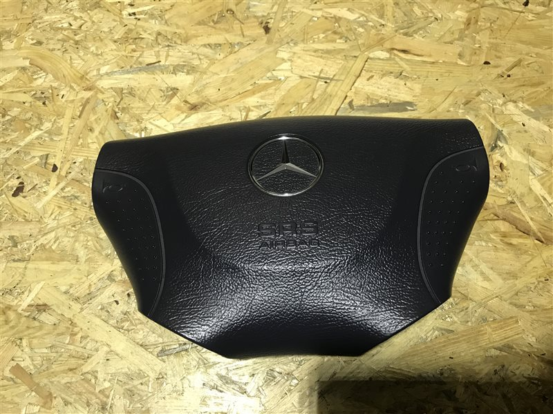 Крышка подушки безопасности водителя Mercedes-Benz V-Class W638 W638 M104 2000
