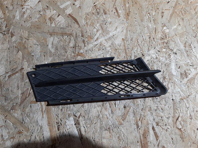 Решетка в бампер Bmw 3-Series E90 N46B20 2005 передняя правая