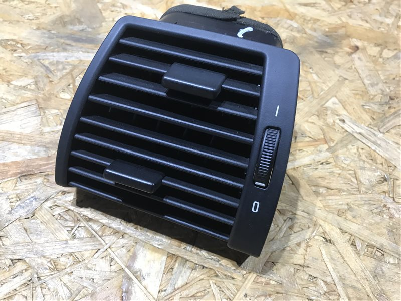 Дефлектор воздушный Bmw X5 E53 M54B30 2005 левый