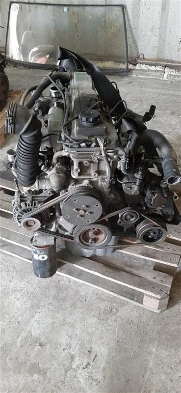 Двигатель Mitsubishi Delica PE8W 4M40