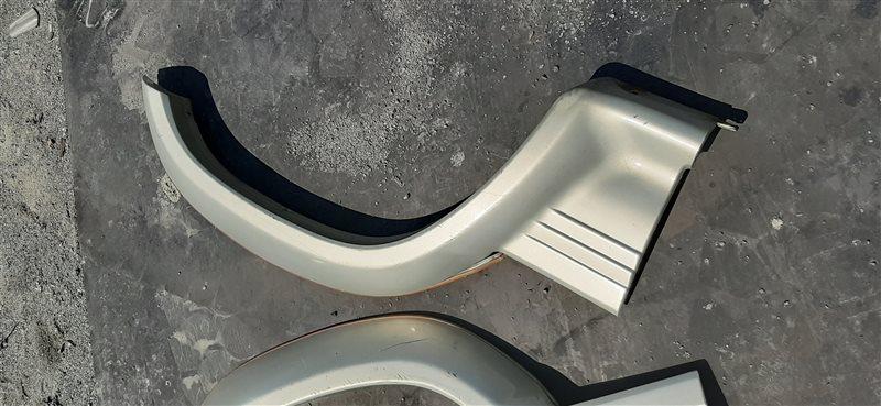 Накладка на крыло Mitsubishi Pajero V26 4M40 1993 задняя левая