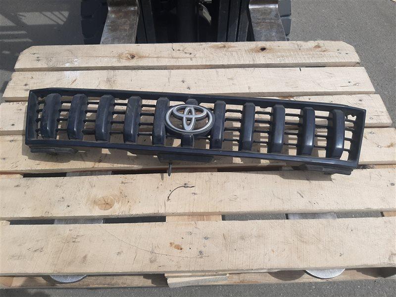 Решетка радиатора Toyota Prado KZJ90