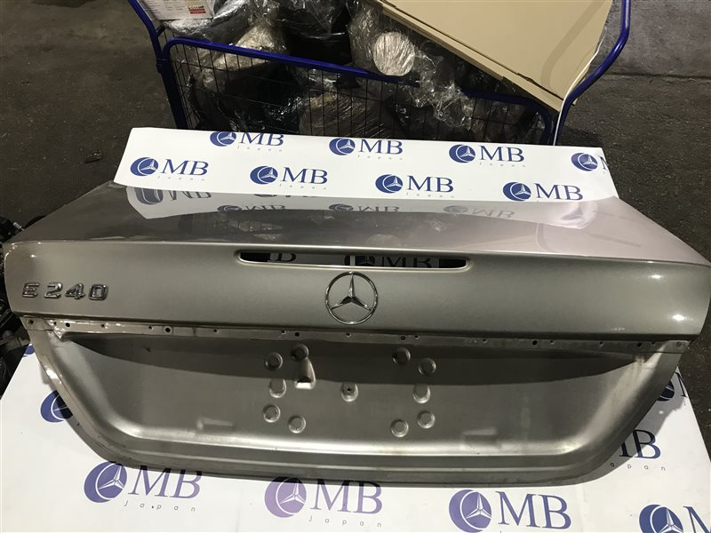 Крышка багажника Mercedes-Benz E-Class W211 W211 112.913 2004