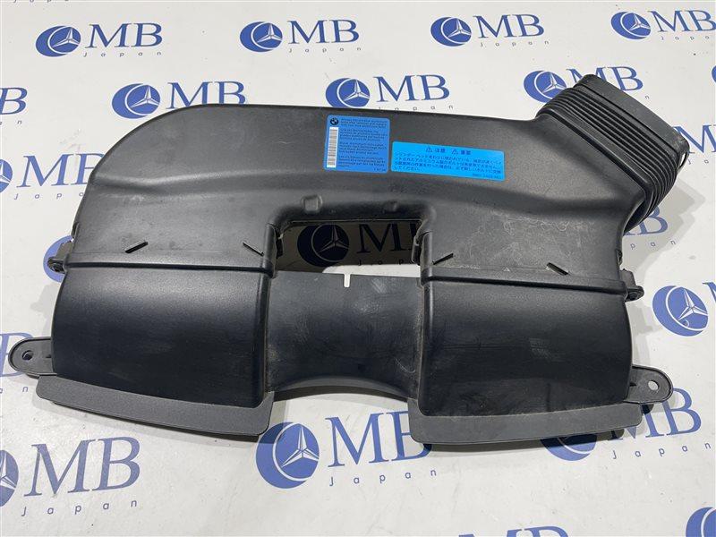 Воздухозаборник Bmw 3-Series E90 N52B25A 2006 передний