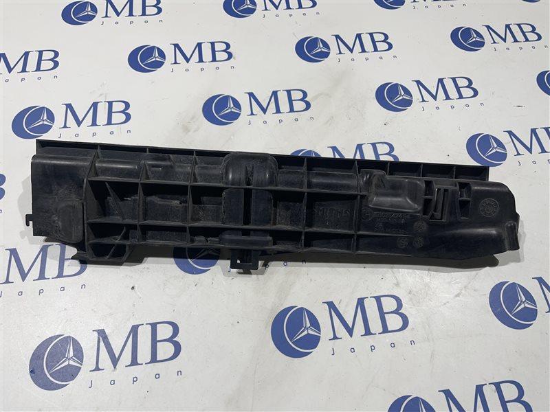 Кронштейн радиатора Bmw 3-Series E90 N52B25A 2006 левый