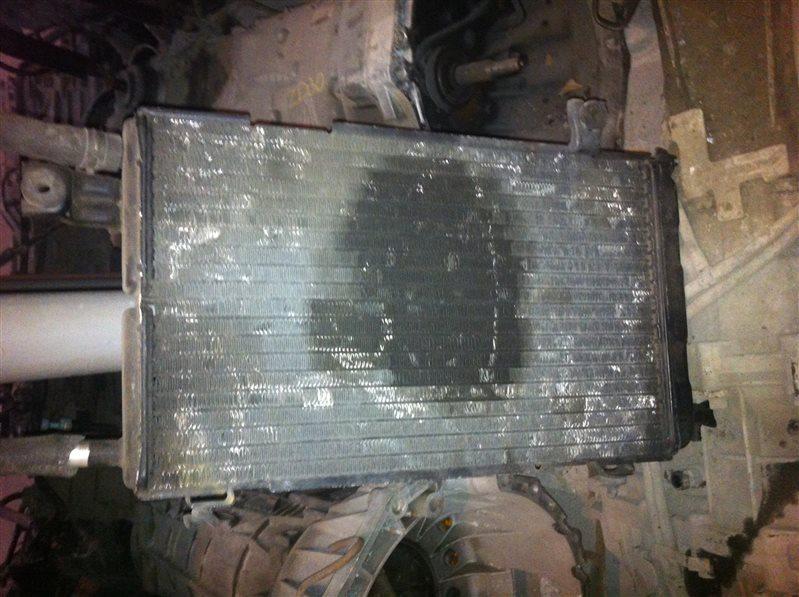 Радиатор Subaru Legacy BF5