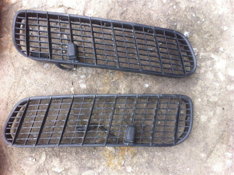 Решетки в жабо Bmw X5 53