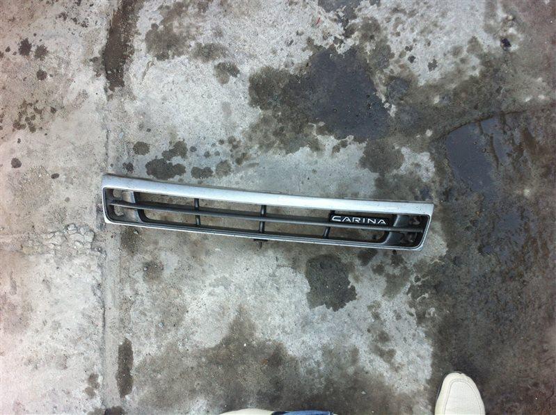 Решетка радиатора Toyota Carina 190