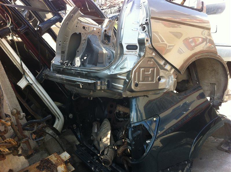 Задняя часть Honda Crv RE