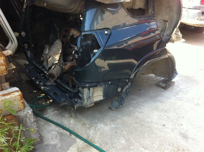 Задняя часть Toyota Rav4 30