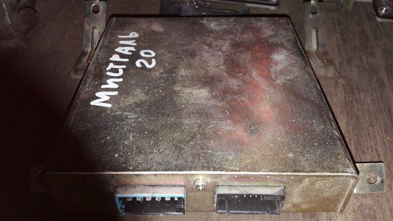 Блок управления двс, бортовой компьютер Nissan Mistral R20 TD27 1996