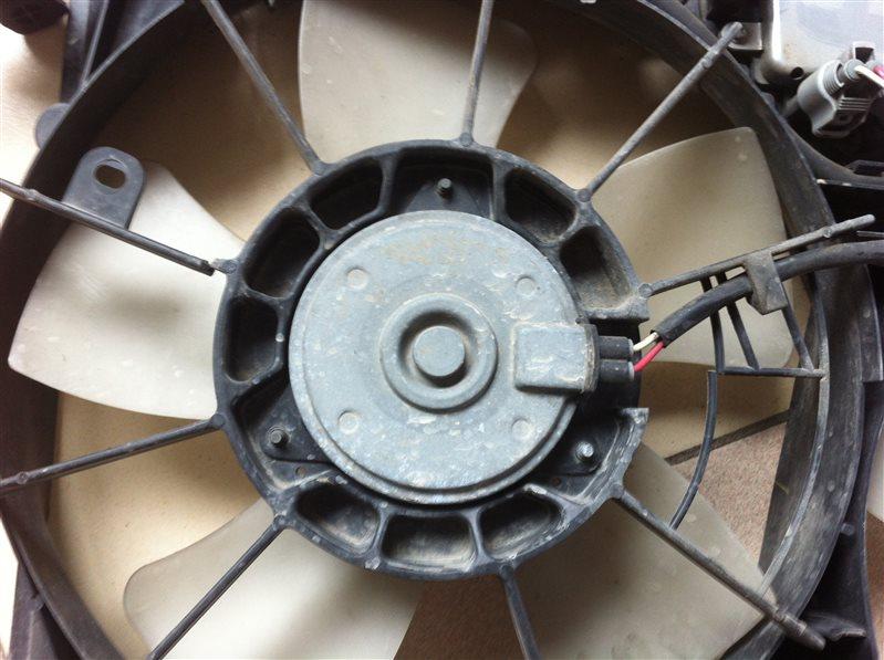 Вентилятор радиатора Lexus Rx300 левый