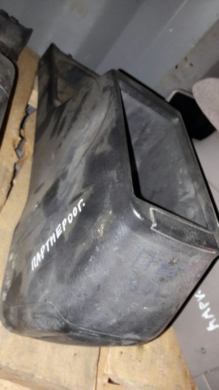Бардачок межсидений Honda Partner EY7 D15B 2001