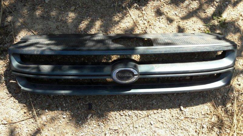 Решетка радиатора Toyota Corsa EL41 EL43 EL44 EL45 4EFE 1993