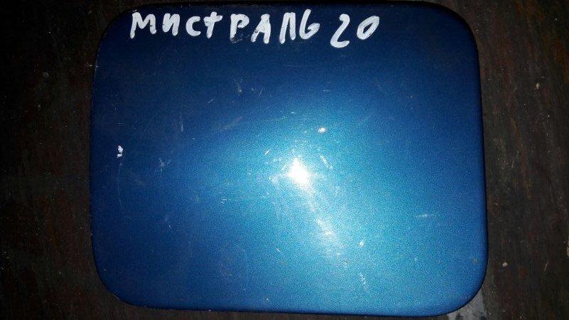 Лючок топливного бака бензобака Nissan Mistral R20 TD27 1996