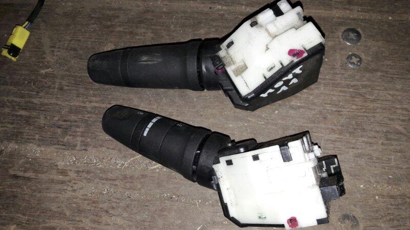 Блок подрулевых переключателей Nissan Note E11 HR15 2005
