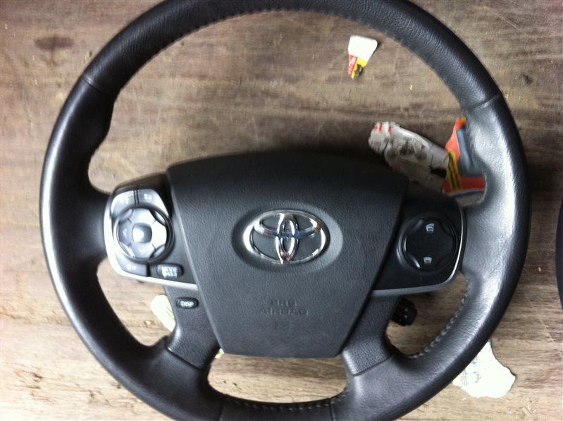 Airbag подушка безопасности на руль Toyota Camry ASV50 2012