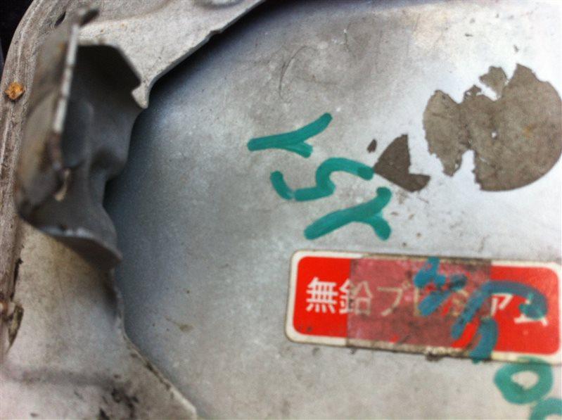 Лючок топливного бака бензобака Toyota Crown JZS151 1998