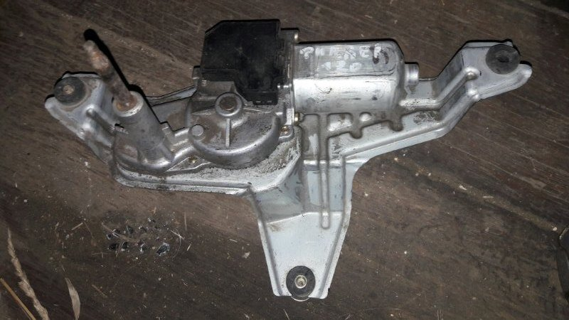 Мотор дворников двигатель стеклоочистителя Toyota Corolla Fielder NZE121, NZE122, ZZE121, ZZE122 1NZFE, 1ZZFE