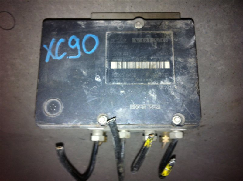 Блок abs Volvo Xc90 2.5TD 2008