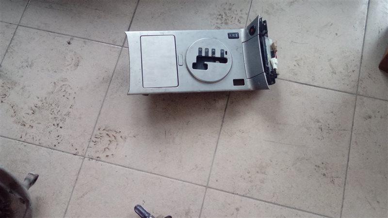 Накладка Infiniti Fx35 50 VQ35 2004