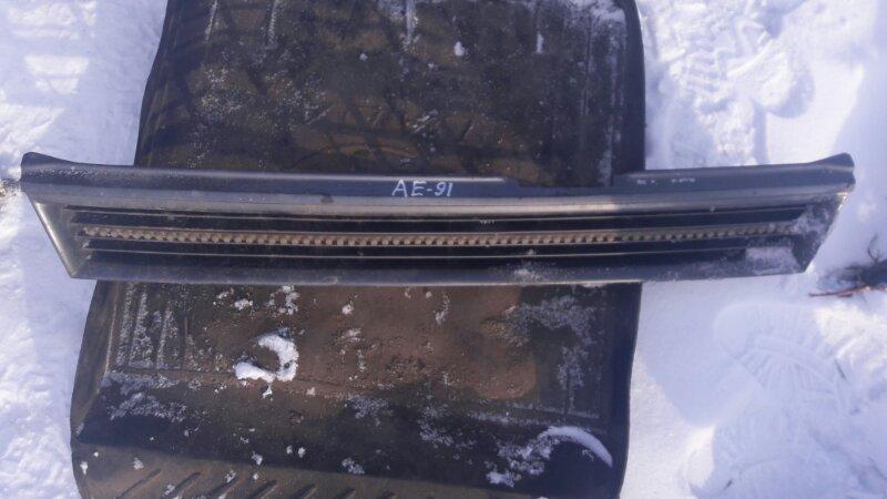 Решетка радиатора Toyota Corolla AE91, AE90 5AFE 1992