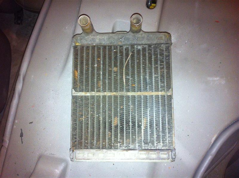 Радиатор отопителя Nissan Safari SD33 1988
