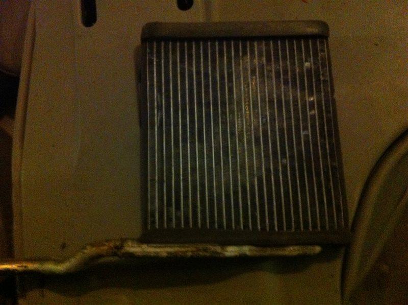 Радиатор отопителя Mazda 3 BK Z6 2005